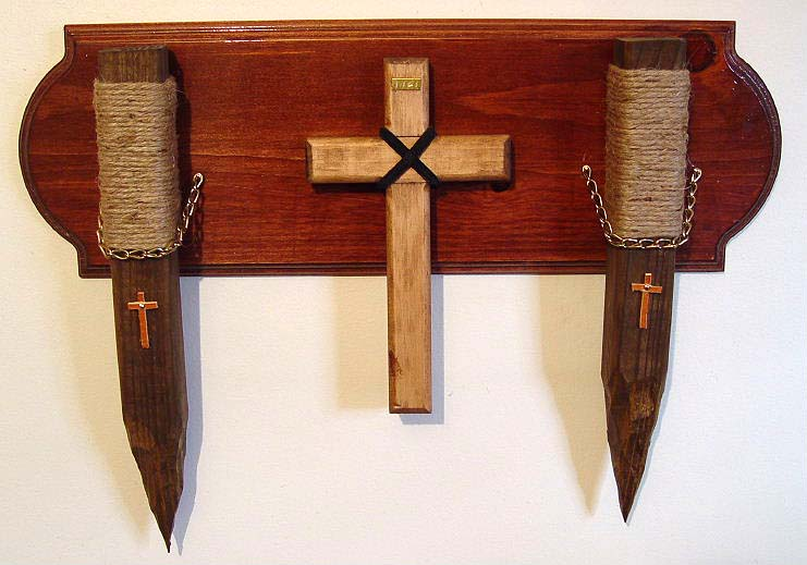 Vampire Stake and Cross wall hanging set